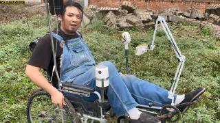 给朋友做了一个轮椅割草机