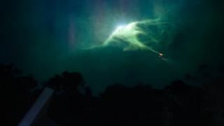 2021科幻新剧《拉布雷亚》第四集解说,史前人类竟是现代人穿越!